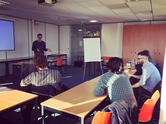 Action Wednesdays at @cri.paris. The April 19th edition featured 5 student projects plus our guest speaker - Dor Garbash from heroesofx.com #studentlife #entrepreneurship #criparis #education #sdg