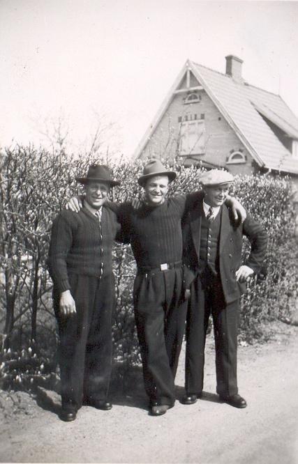 GLADA GOSSAR, Alfred Christiansen, Börge Börgesen och Torvald Konradsen.jpg