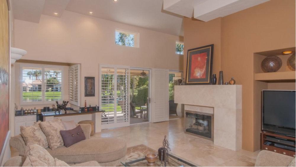 lq living room 2.jpg