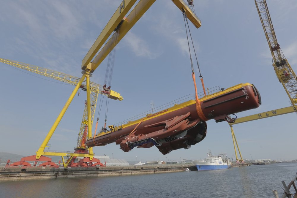 The   2MW SR2000, the world's largest energy generating tidal turbine. Source:   Scotrenewables Tidal Power
