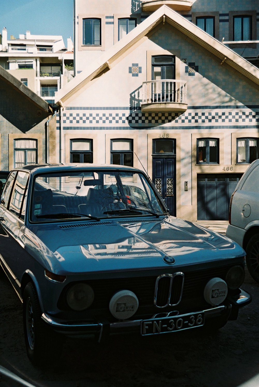 I love this photograph I took in Foz, Porto, it seems like it has been taken decades ago.  / Adoro esta fotografia que tirei na zona da Foz no Porto, parece que foi tirada noutro tempo.