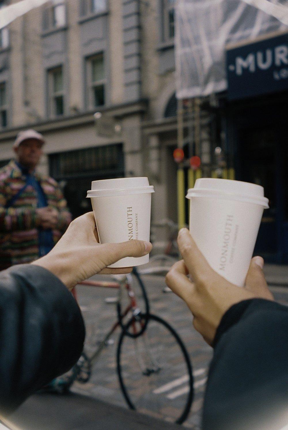 Best coffee in London.  / O melhor café em Londres.