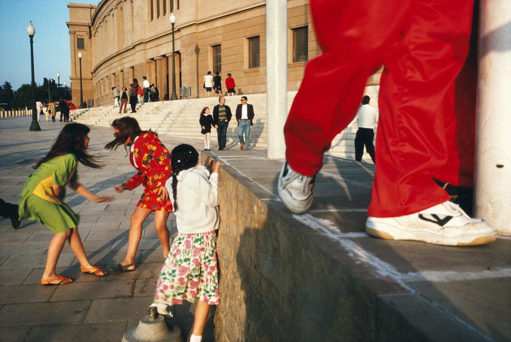 ALEX WEBB Barcelona, Spain, 1992
