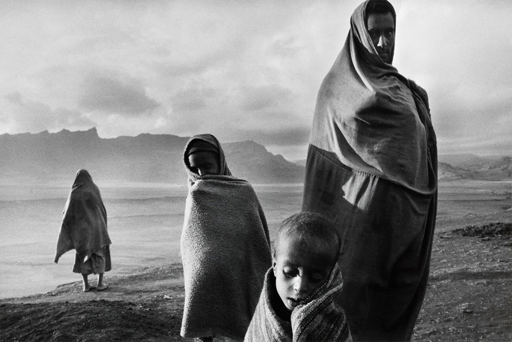 SEBASTIÃO SALGADO,  Refugees in the Korem Camp , Ethiopia, 1984
