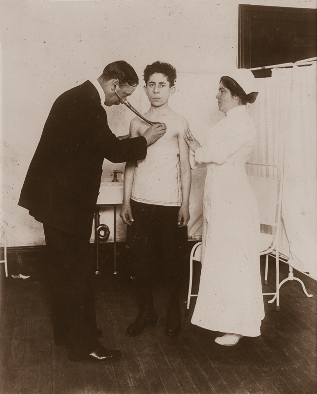 LEWIS WICKES HINE,  Board of Health Examination of Applicant for Ability to Work , c. 1913
