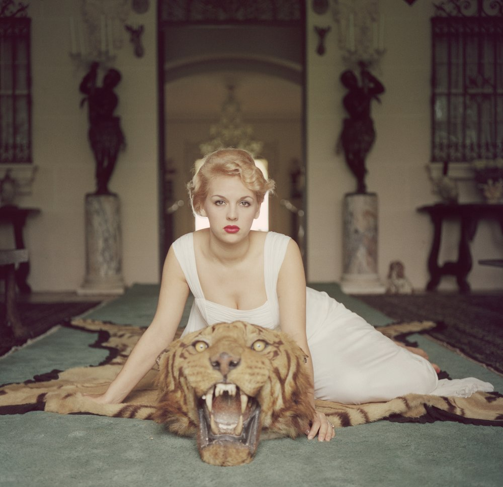 SLIM AARONS,  Beauty and The Beast,  1959, courtesy Getty Image Archive
