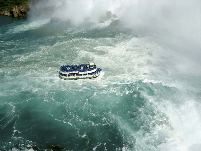 Jessica Backhaus, Niagra, One Day in November