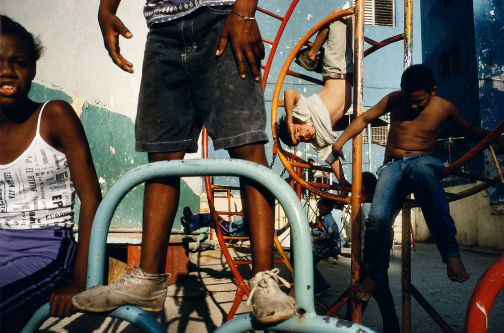 ALEX WEBB,  Violet Isle: A Duet of Photographs from Cuba, Havana, Cuba,  2000