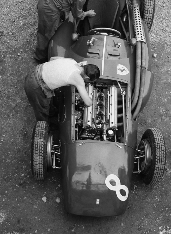 FerrarimechRe54fullcrop.jpg
