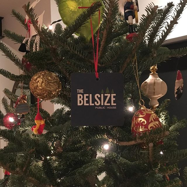 Happy holidays from Belsize Drive!  Visit @thebelsizepublichouse for a glass of #smxbeer. Cheers! #ontariocraftbeer #belsizepublichouse