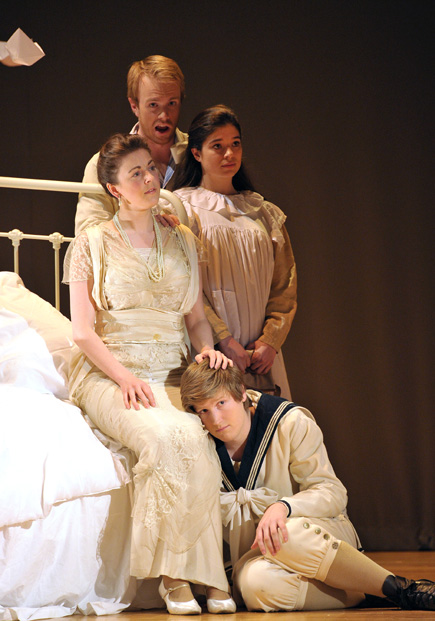 Morgan Pearse, Felicity Smith, Joana Sogni & James Hall, I Remember the Ship opera, Britten Theatre, London, composed by Jude Obermüller (photo Chris Christodoulou)