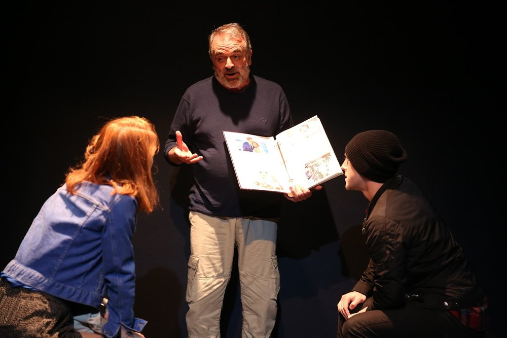 Andrew McDonald, Bebe Sanders & Michael Jinks in Underground, Off Broadway, composer and sound designer: Jude Obermüller (Photo by Carol Rosegg)