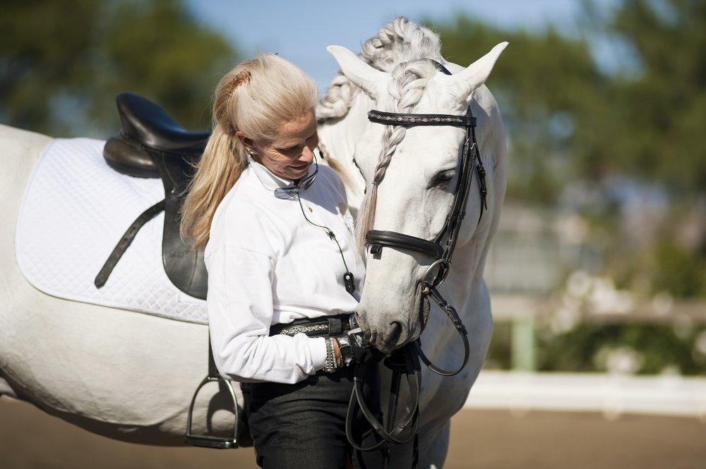 Alix_with_stallion.jpg