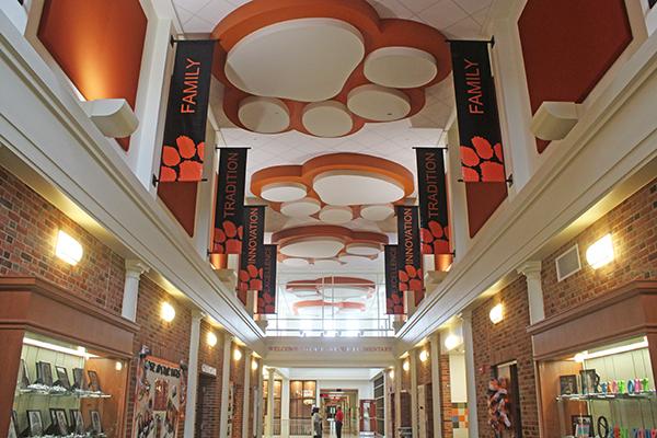 Case Avenue Elementary School   Sharon City School District