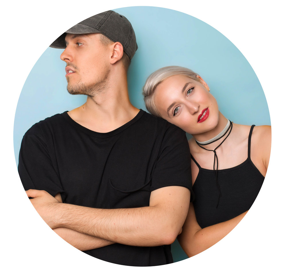 Jess & Joel - Elopement Photographers - Adventure Photographers