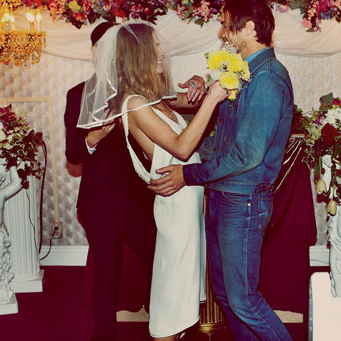 Free People - Vegas Elopement - The Wedding Squad