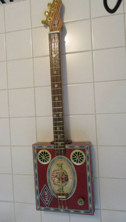 Love my new cigar box guitar!