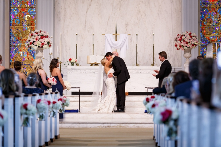 lisa stoner events- lisa stoner wedding planner- orlando chic weddings - central florida stylish weddings - wedding ceremony - church wedding ceremoney - first kiss.jpg