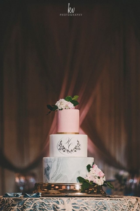 lisa stoner weddings- four seasons wedding cakes - marble and pink wedding cake - central florida luxury wedding planner.jpg
