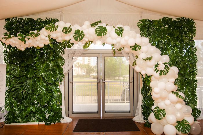 2- lisa stoner events - white hot party - the knot - orlando event luxury event planner - waldorf astoria orlando - top event planner in orlando -balloon arch.jpg