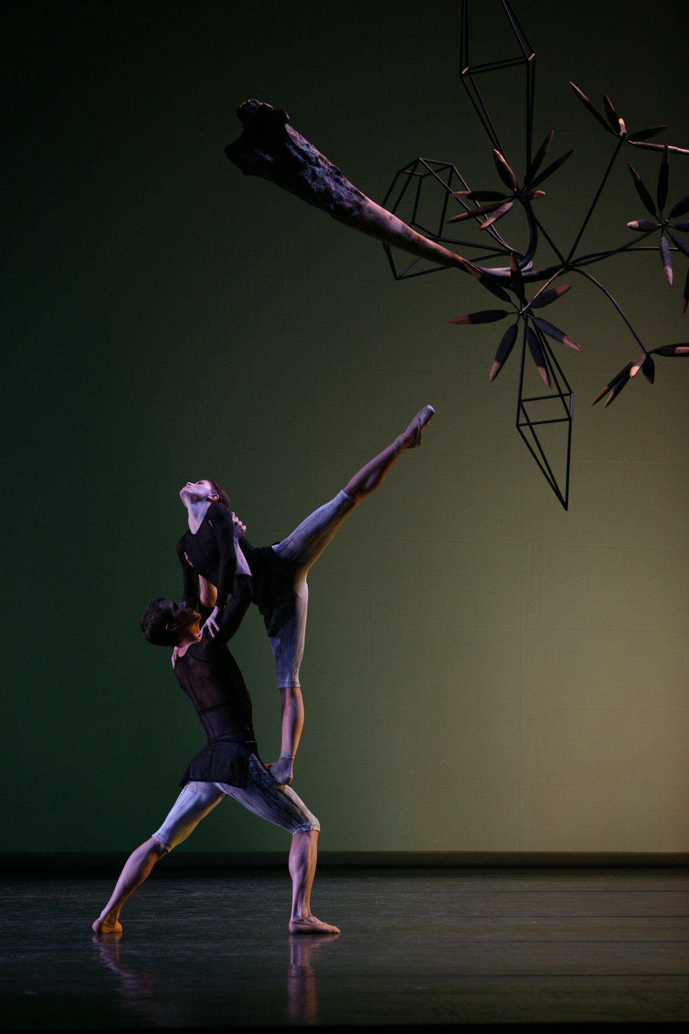 Aspen_SantaFe_Ballet_James_Surls_6.jpg