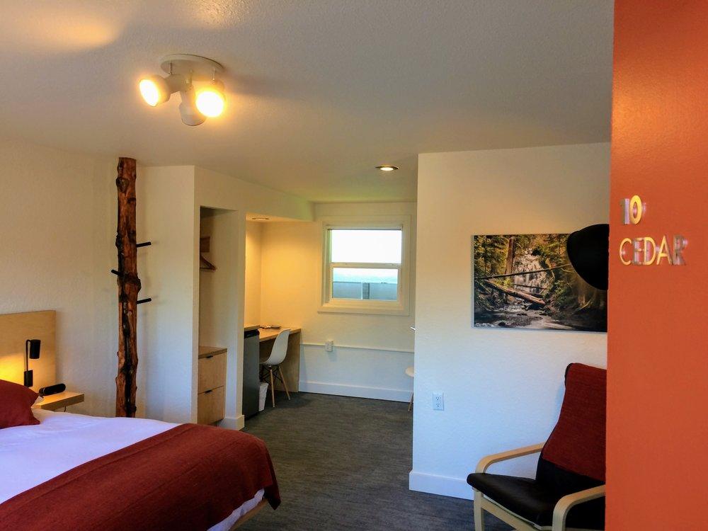 Cedar, Room # 10