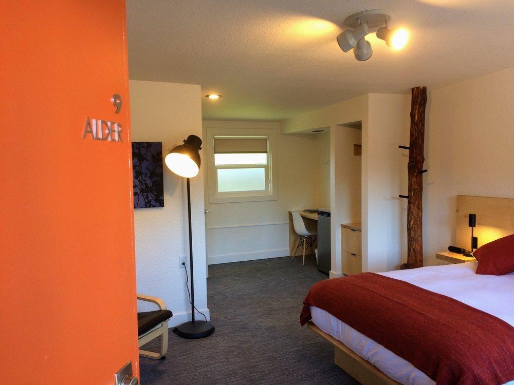 Alder, Room # 9