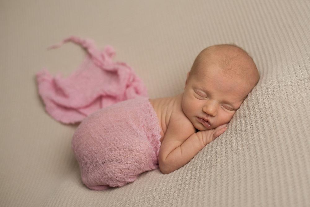 BABY ELLIE-21.jpg