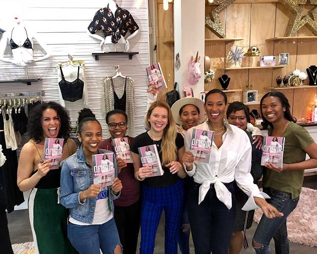 When your book signing turns into a party... Thank to my girl @kcharbonnet for hosting my book signing tonight & for styling me in this adorb fit! Love me some Kay and her store @shop_kays  Next up- Barnes & Noble Westbank Saturday 1p-3p