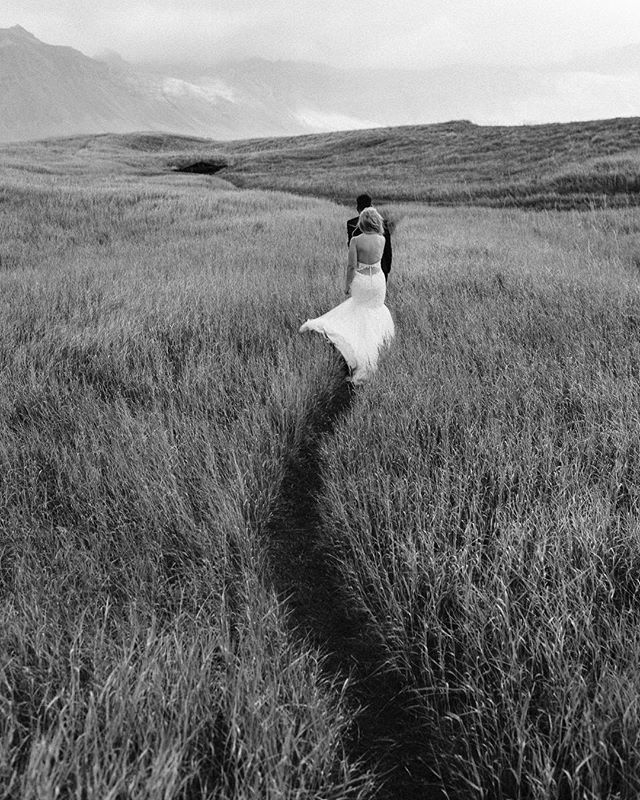 If you want to go fast, go alone. If you want to go far, go together. 🖤 Nicole & Ryan on a walk around Búðir on their wedding day, well together they got quite far from their home in Australia ⚡️