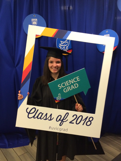 Lauren at the 2018 spring convocation for the faculty of science