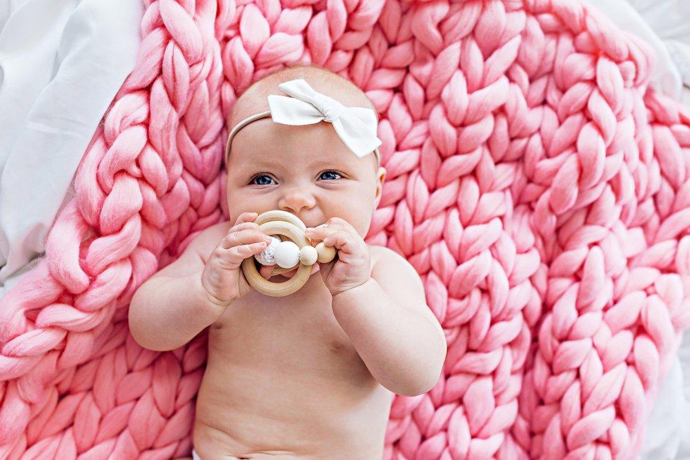 chunk-knit-baby-blankets.jpg