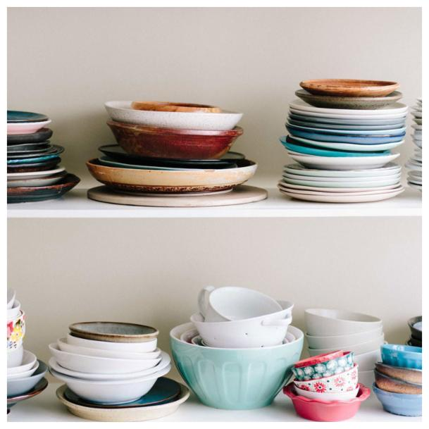 Ceramic Decorations - Showcasing ceramic items, especially in the kitchen, will add an artistic edge to your home. Ceramic pieces are both beautiful and versatile. Try using some handmade ceramic dishes or spotlight a colorful ceramic vase. Embrace the flaws of each unique piece for a one-of-a-kind look.