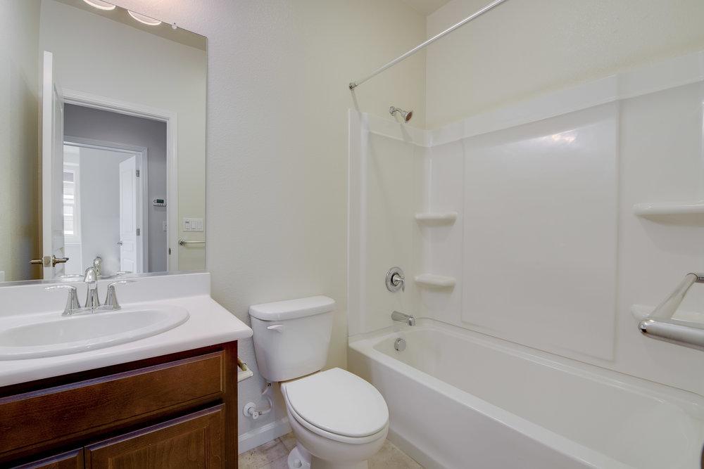 1060_maritime_way_MLS_HID1149272_ROOMbathroom.jpg