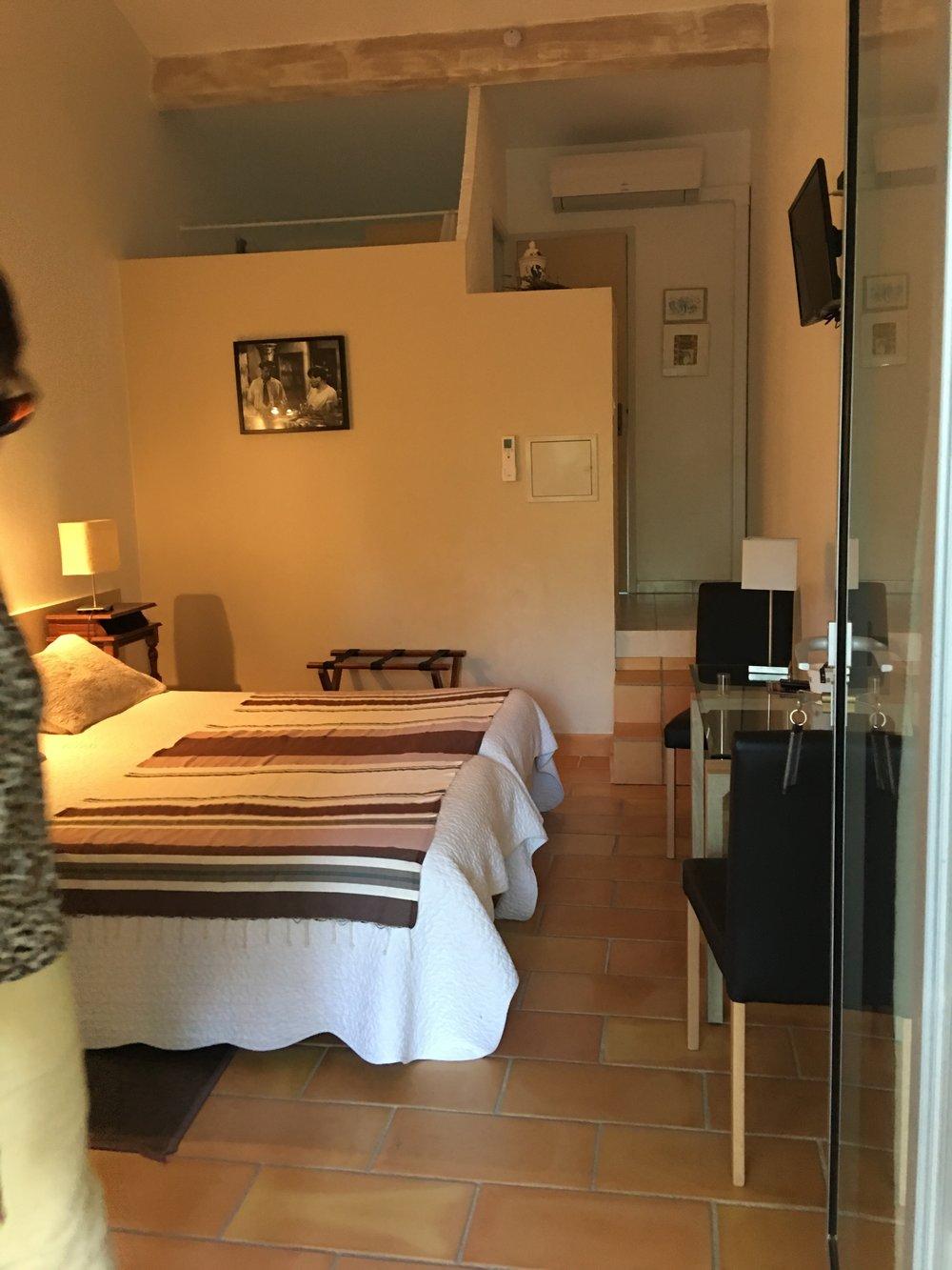BedroomLaM.JPG
