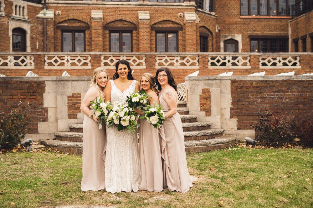 rollins-mansion-699-wedding-photographer-des-moines-iowa-m-c.jpg