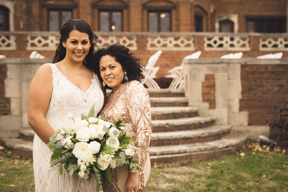 rollins-mansion-715-wedding-photographer-des-moines-iowa-m-c.jpg