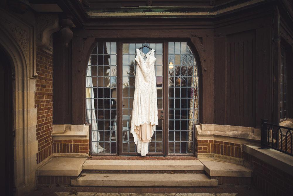 rollins-mansion-2554-wedding-photographer-des-moines-iowa-m-c.jpg