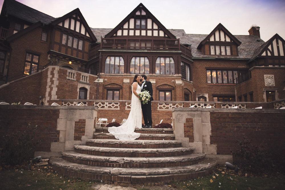 rollins-mansion-3224-wedding-photographer-des-moines-iowa-m-c.jpg