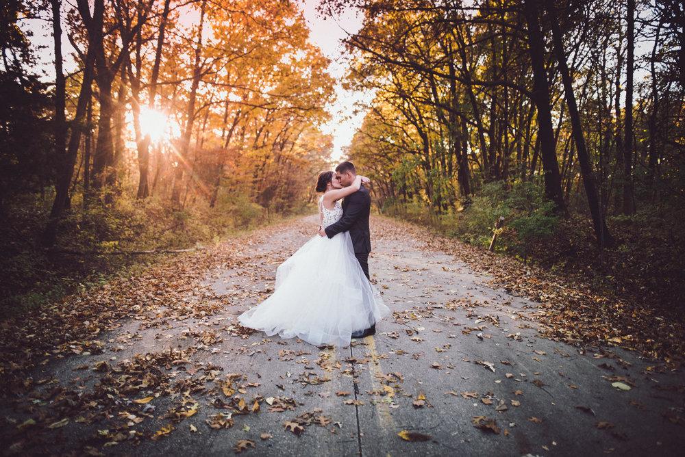 2star_des-moines-wedding-sadie-derek-58.jpg