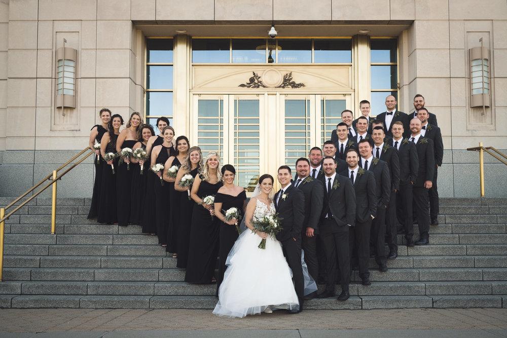 2star_des-moines-wedding-sadie-derek-28.jpg