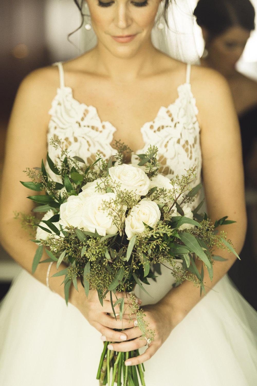 2star_des-moines-wedding-sadie-derek-44.jpg