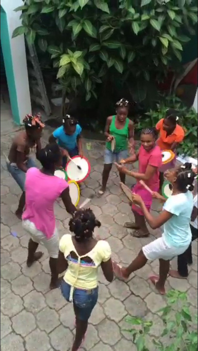 Highlight of the week was the Fi Ki F  ò   drum circle.    WATCH    the video.