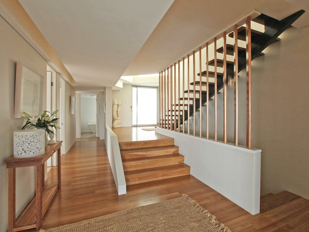 House at Coogee_hallway_2.jpg