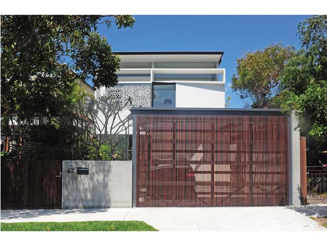 House at Bondi Beach_street view.jpg