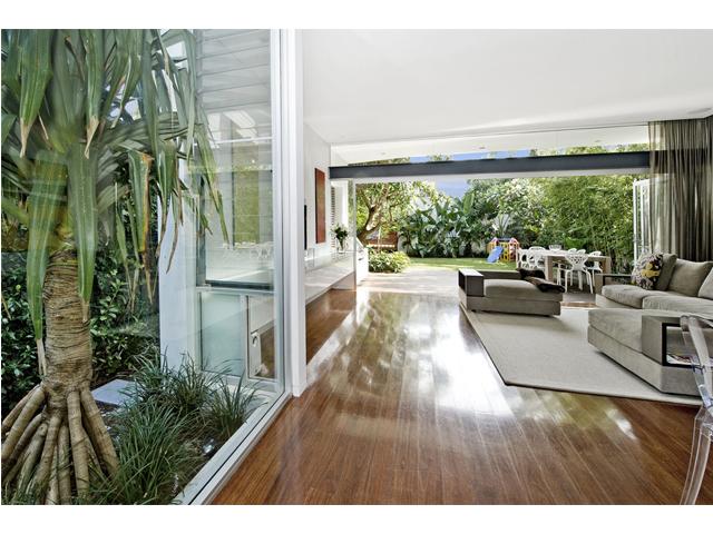 House at Bondi Beach_lounge.jpg