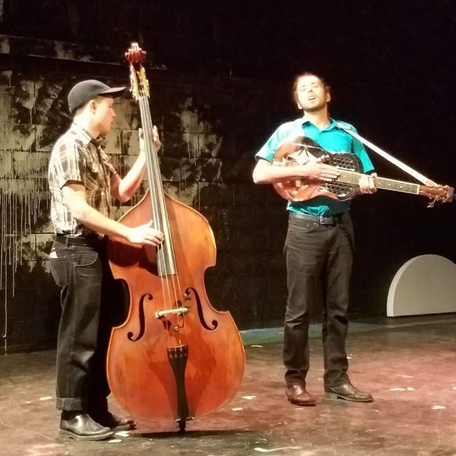 New video up from the What's So Funny? Live Variety Show! Check out Jesse Walkers Hitch today!! - - - #whatssofunnyshow #bluegrass #standupbass #steelguitar #livemusic #comedy #comedysketch #comedyskit #instacomedy #comedypost #comedyposts #comedyshow #funnypic #funnypics#ucb #funny#instafunny #lol #lmao #jokes #comedywriter #snl #newsketch #webseries Subscribe to win a free T-Shirt! [Link in Bio]