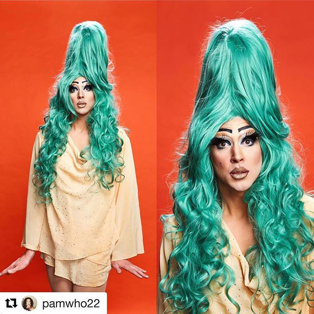 Go check out the amazing @pamwho22 performing at the What's So Funny Live Variety Show! Up on our Facebook page now! - - - #whatssofunnyshow #drag #dragqueen #rosemaryclooney #varietyshow #comedy #sketchcomedy #comedysketch #comedyskit #instacomedy #comedypost #comedyposts #comedyshow #funnypic #funnypics#ucb #funny#instafunny #lmao #jokes #comedywriter #snl #newsketch #webseries Subscribe to win a free T-Shirt! [Link in Bio]