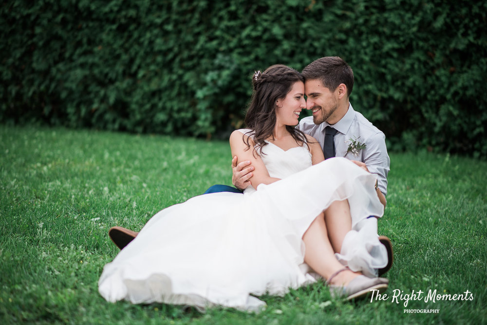 - … love timeless beautiful portraits and natural candid pictures capturing the real moments… have passion for love… want personal experience…. bonus if you like tangible heirloom artwork