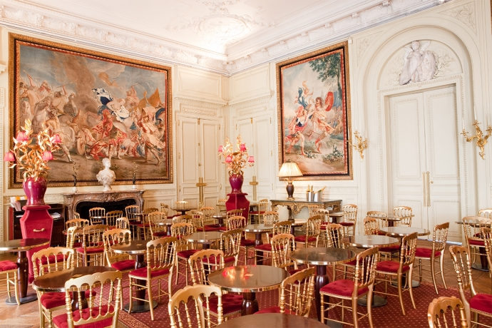 Housed in the mansion's former dining room, the Café Jacquemart-André